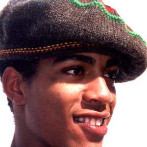 Rasta natural beret handcrafted from finest quality Australian merino wool. Quality Reggae gear from Rastagearshop.com